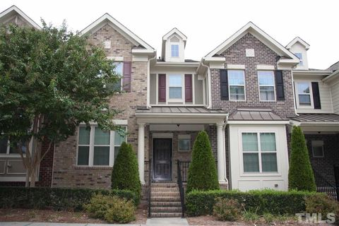 Photo of 1027 Valleystone Dr, Cary, NC 27519