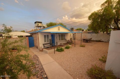 Photo of 2469 N Santa Rita Ave, Tucson, AZ 85719