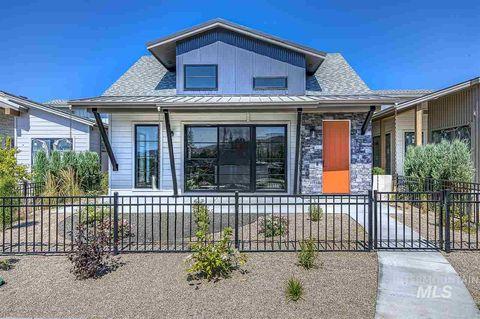 Photo of 2576 S Shadywood Ln, Boise, ID 83716