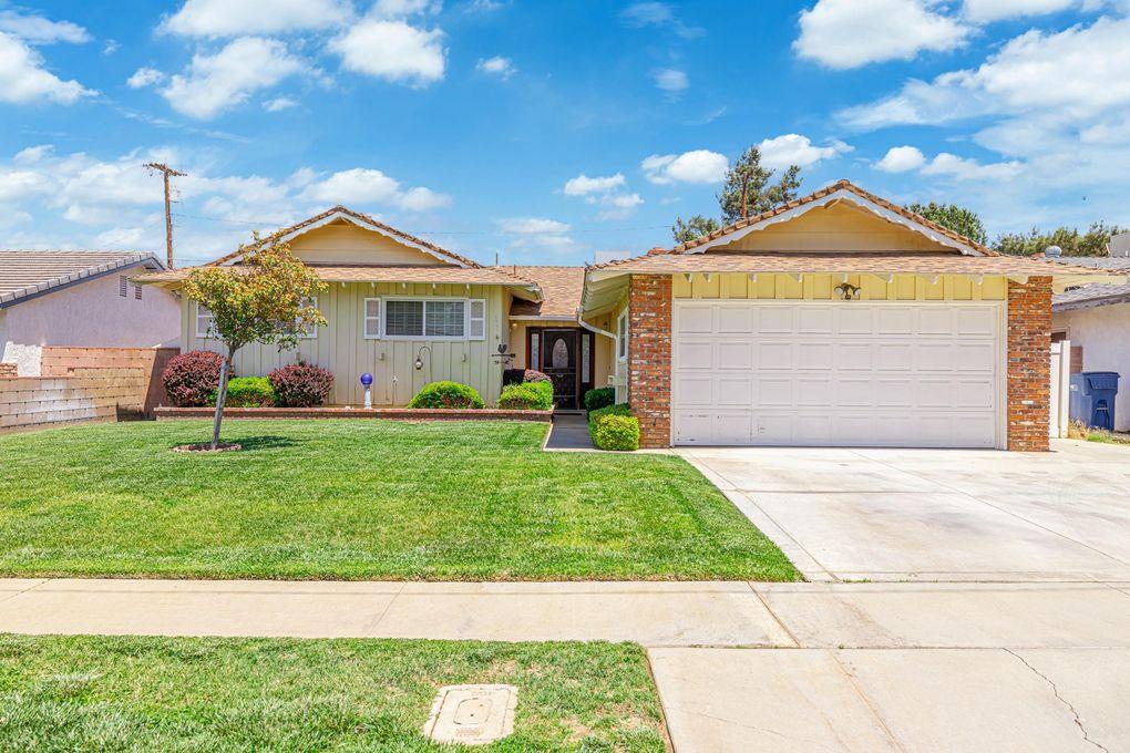 539 W Avenue J9 Lancaster, CA 93534