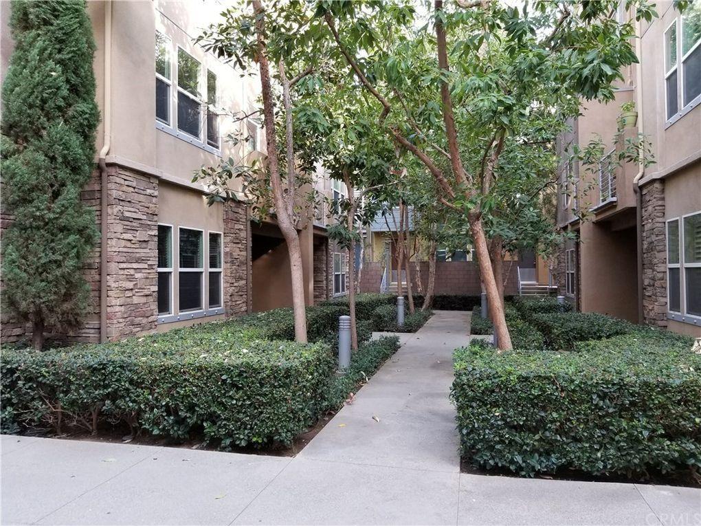 250 E Jeanette Ln Santa Ana, CA 92705