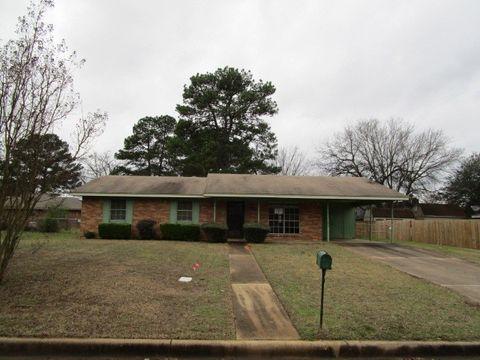 403 Deerwood Dr, Longview, TX 75604