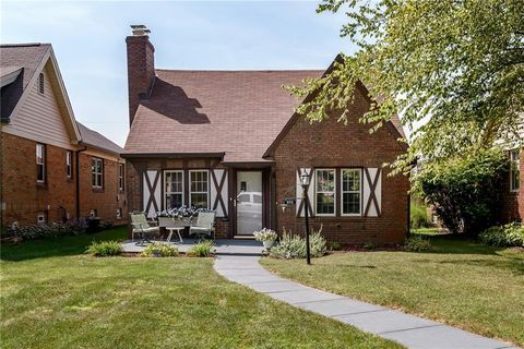 972 N Layman Ave, Indianapolis, IN 46219