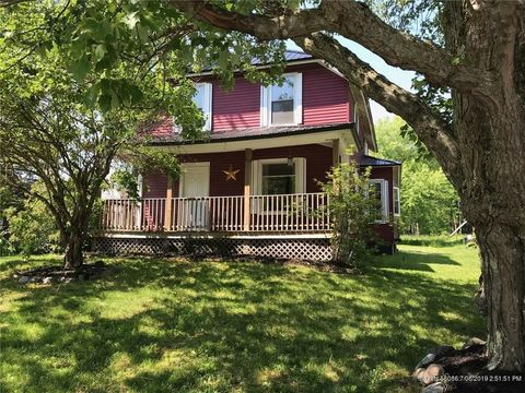 Photo of 605 Main St, Old Town, ME 04468