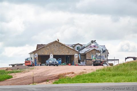 Photo of 1695 N Ridge Dr, Cheyenne, WY 82009