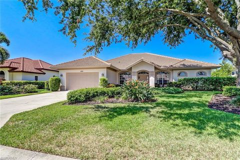 Photo of 4324 Mourning Dove Dr, Naples, FL 34119
