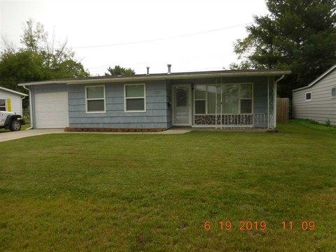310 Douglass Ct, Iowa City, IA 52246