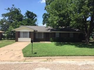 2703 SE 4th St Mineral Wells, TX 76067