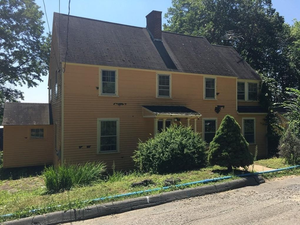40 Haskell St, Fitchburg, MA 01420