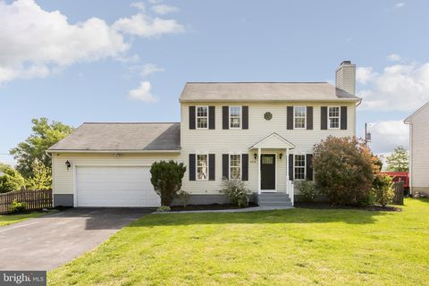 8238 Lincoln Dr, Jessup, MD 20794 on