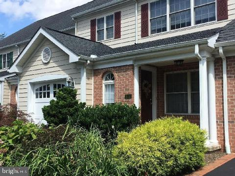 Photo of 625 Strandhill Ct, Lutherville Timonium, MD 21093