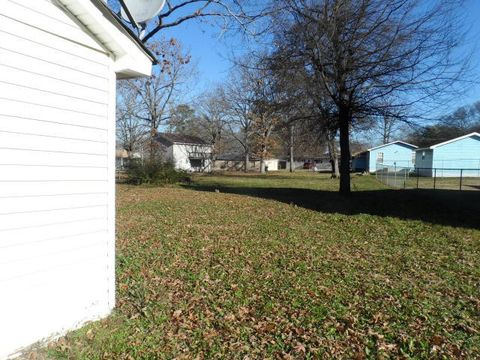 Photo of 6105 Fisk Ave, Chattanooga, TN 37421