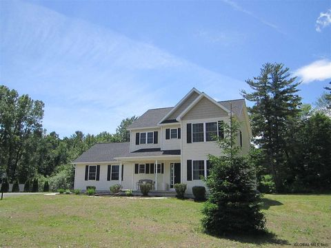Photo of 92 Werner Rd, Clifton Park, NY 12065