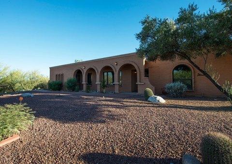 3435 N Fiesta Del Sol W, Tucson, AZ 85750