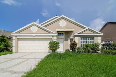 Photo of 18121 Leafwood Cir, Lutz, FL 33558
