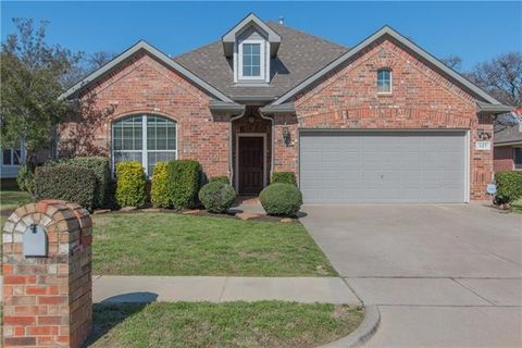 Photo of 527 Chapel Crk, Lake Dallas, TX 75065