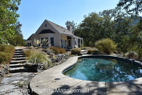 Photo of 21881 Mountain House Rd, Cloverdale, CA 95425