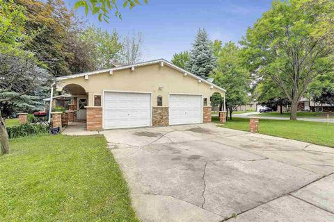 Photo of 602 Victoria St, Green Bay, WI 54302