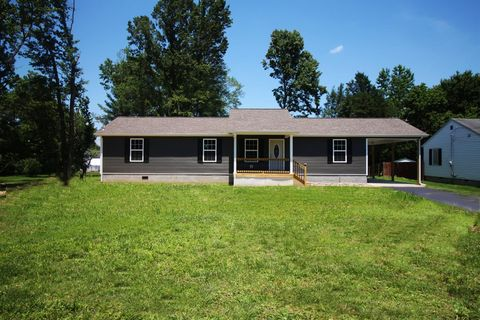 Photo of 5050 Main St, Clay City, KY 40312