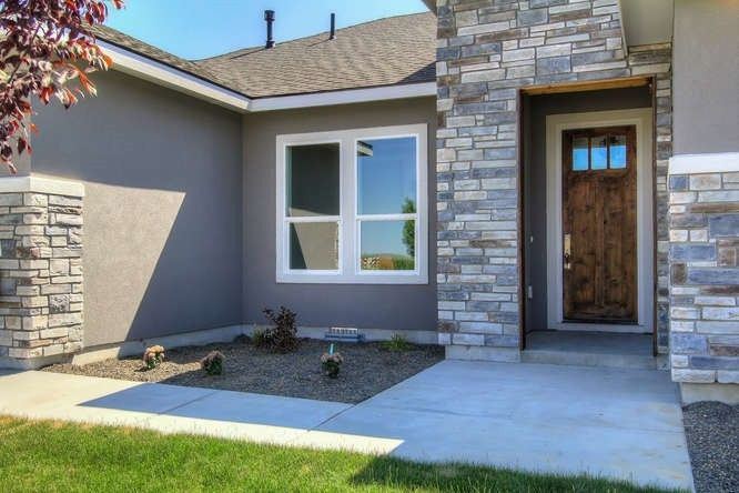 1360 N Bowknot Lake Way, Star, ID 83669