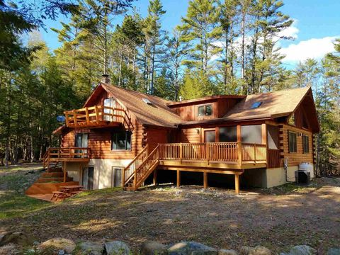 adirondack ny real estate adirondack homes for sale realtor com rh realtor com adirondack lake cottages for sale adirondack cabins and cottages for sale