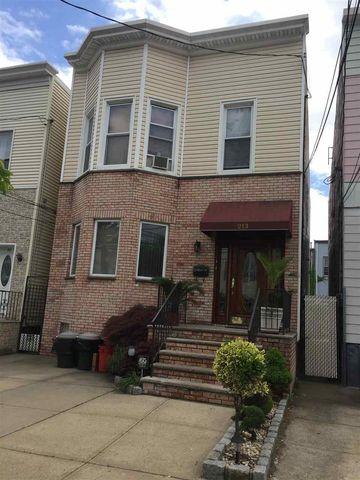 Photo of 213 Dodd St Unit 1, Weehawken, NJ 07086