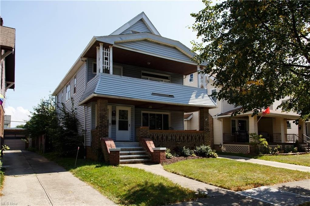 2035-2037 Brown Rd Lakewood, OH 44107