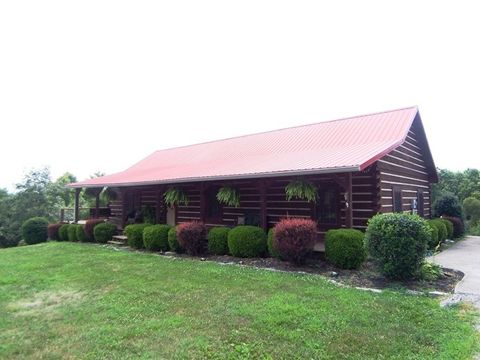 1590 Holy Cross Rd, New Haven, KY 40051