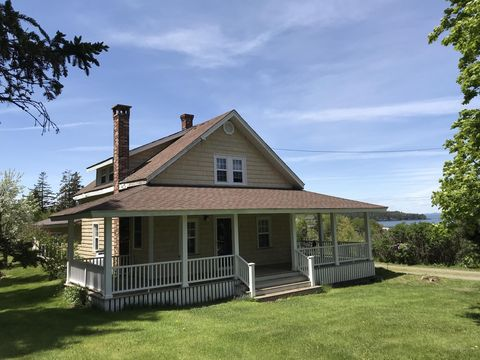 Photo of 16 Harris Point Rd, Eastport, ME 04631