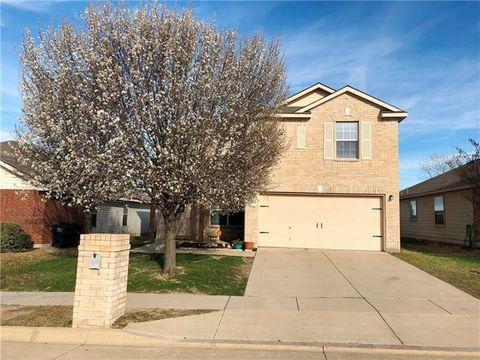 Photo of 14032 Firebush Ln, Fort Worth, TX 76052