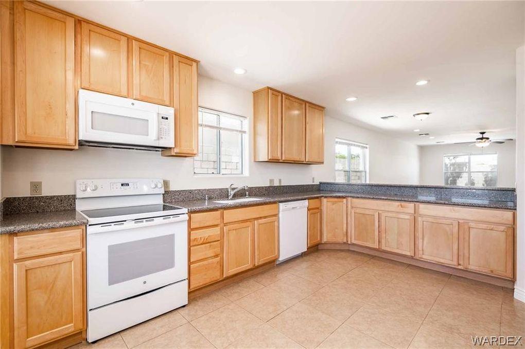 929 Mountain View Dr, Kingman, AZ 86409