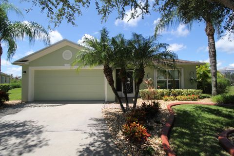 Pleasant Deer Lakes Melbourne Fl Apartments For Rent Realtor Com Home Interior And Landscaping Ologienasavecom