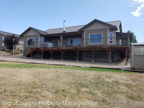 Photo of 3242 Sw 43rd St, Redmond, OR 97756