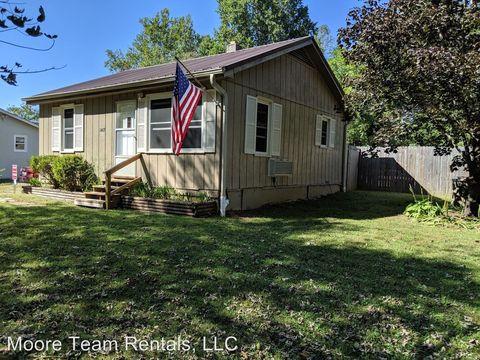 Photo of 1407 Stanwood Ln, Hendersonville, NC 28739