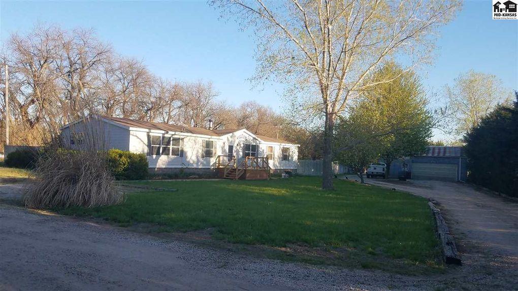 101 W Longview Rd Hutchinson, KS 67501