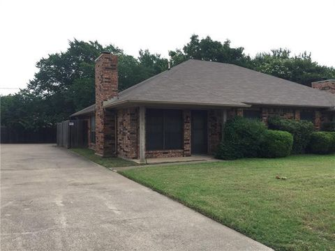 Photo of 5630 Westchase Dr, North Richland Hills, TX 76180