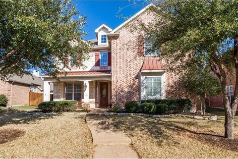 Photo of 15868 Grove Crest Dr, Frisco, TX 75035