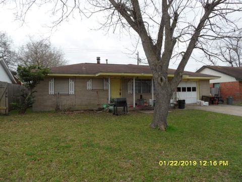 3017 Somerset Ave, Texas City, TX 77590
