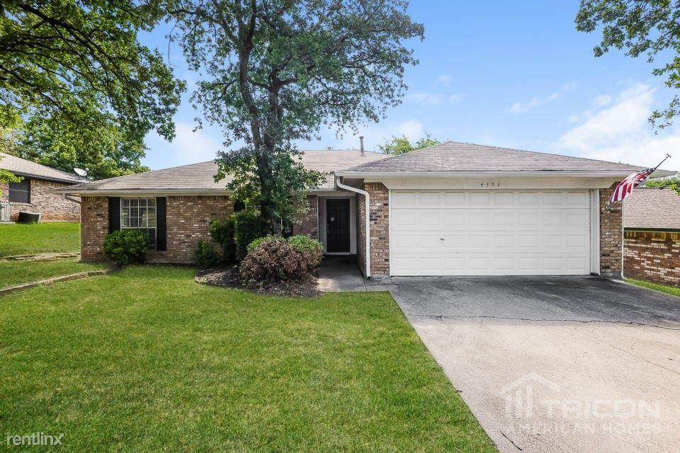 4303 Spring Hill Ln Arlington, TX 76016