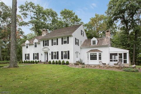 Photo of 139 Post Kennel Rd, Bernardsville, NJ 07931