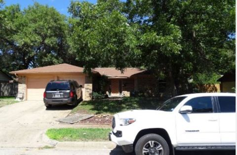 Photo of 1412 La Sierra Rd, Fort Worth, TX 76134