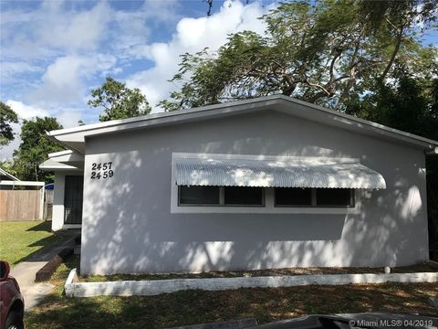 Photo Of 2457 Ne 183rd St Unit North Miami Beach Fl 33160 House For