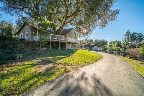 25350 Mesa Grande Rd, Santa Ysabel, CA 92070