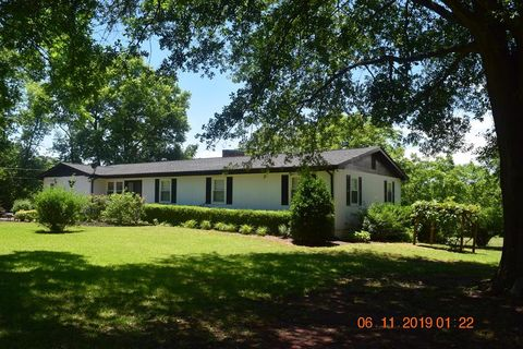 Photo of 169 Raleigh Ledbetter Rd, Ellenboro, NC 28040