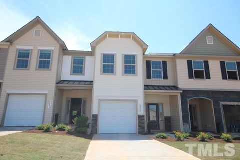 Photo of 50 E Grove Point Dr, Clayton, NC 27527