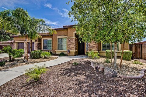 Photo of 17999 W Banff Ln, Surprise, AZ 85388