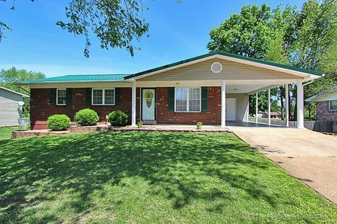 Photo of 5 Ava Ct, Farmington, MO 63640