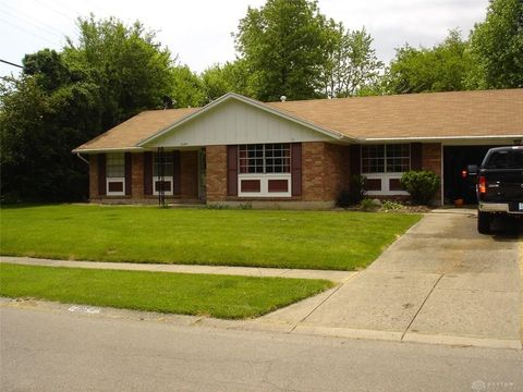 Photo of 2624 Meadow Dr, Kettering, OH 45440