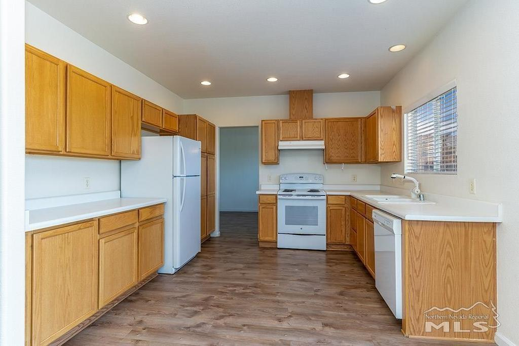 Kitchen featured at 1670 Saturno Heights Dr, Reno, NV 89523