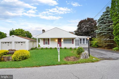 Photo of 51 Ethel Ave, Hummelstown, PA 17036